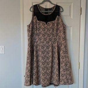 City Chic XXL Sleeveless Dress